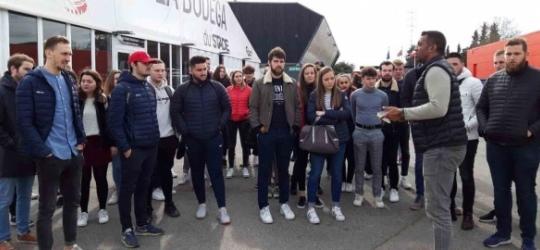 Les étudiants de l'ESG au Stade Toulousain